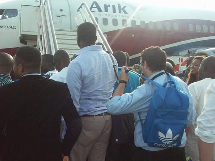 Senator Laments Poor Maintenance of Arik Air Aircrafts, Says Passengers' Lives at Risk