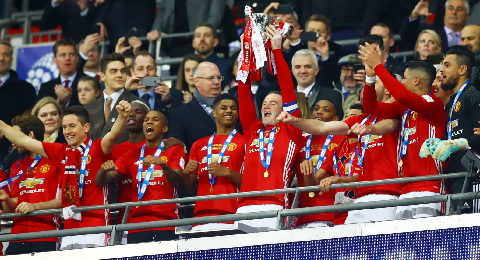 Zlatan Brace Earns Man Utd 2017 EFL Title