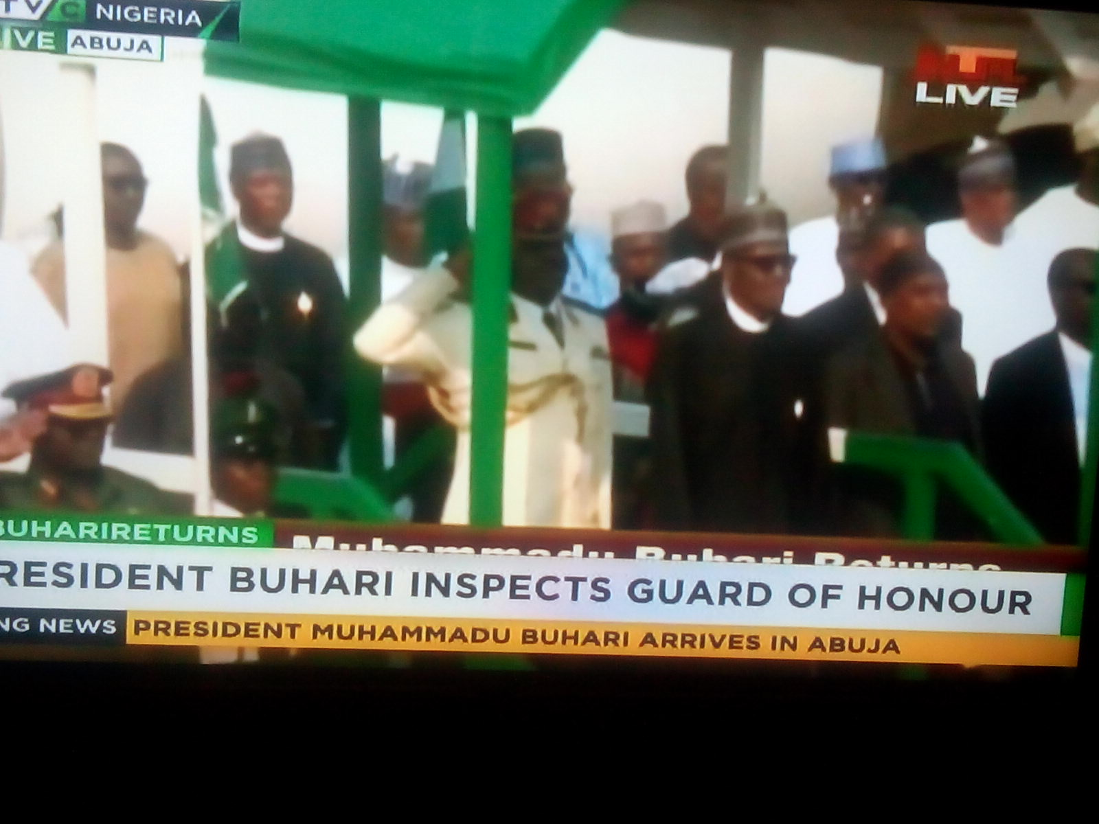 BREAKING: Buhari Arrives Nigeria (PHOTOS)