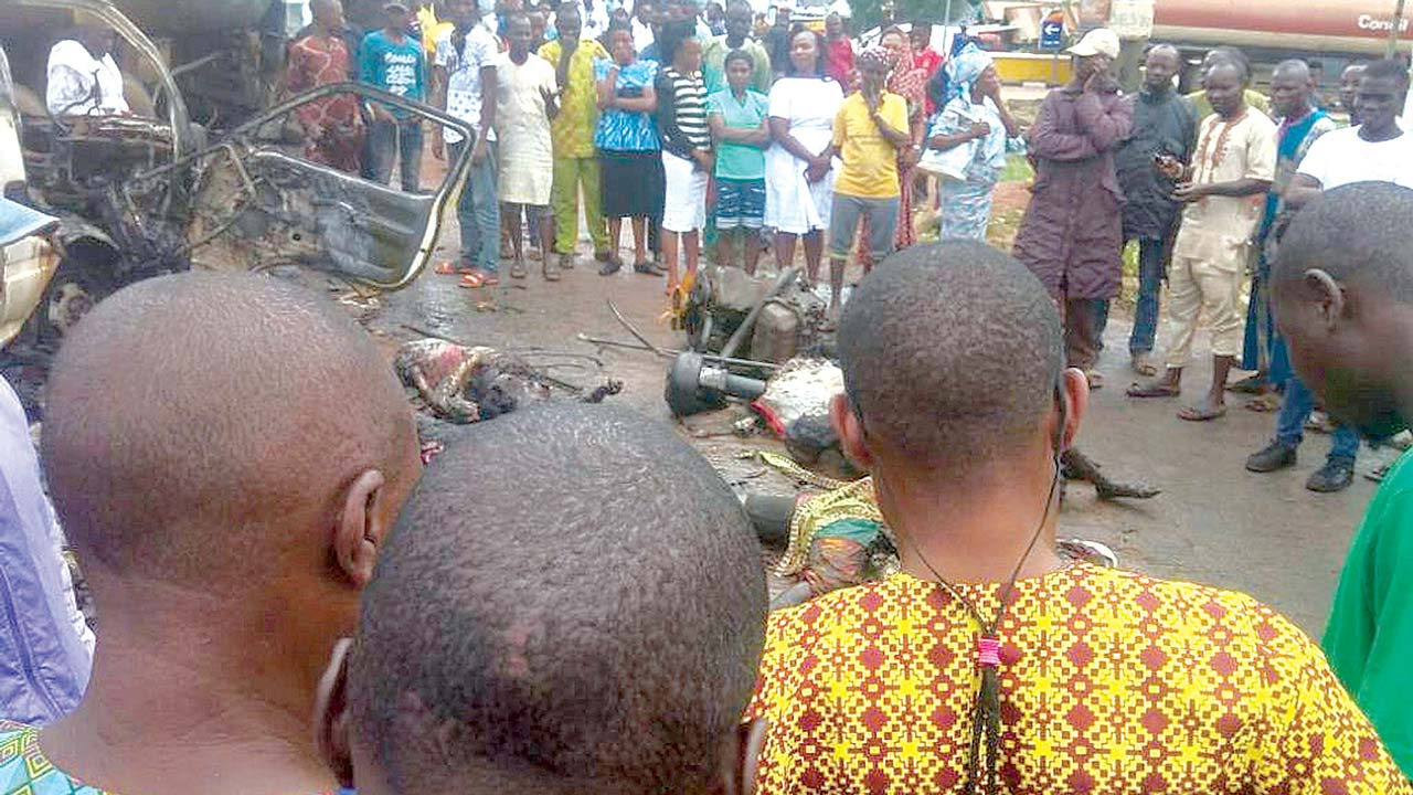 What to do at Road Accident Scene as Witness