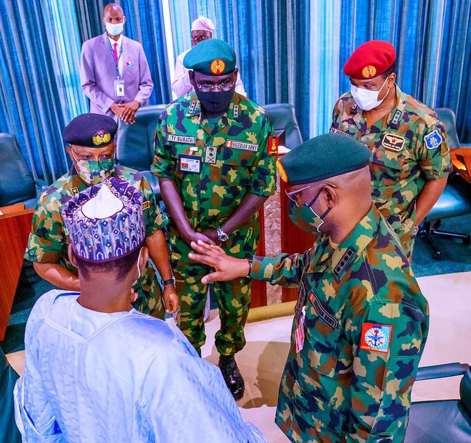 Buhari security council meeting3