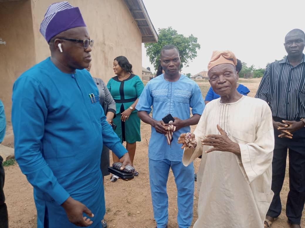 Nureni Fenwa Community